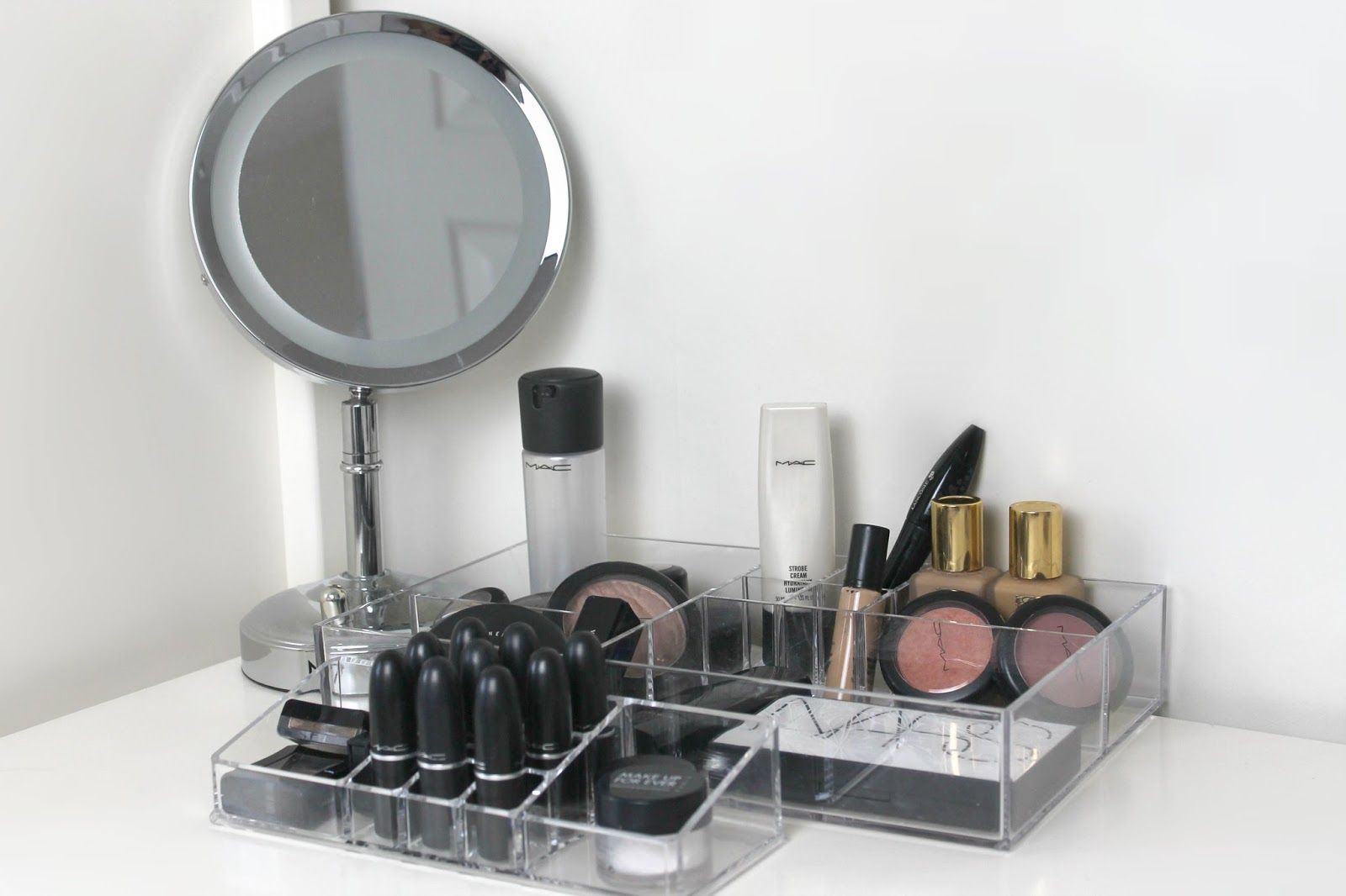 Clear Makeup Storage Jumping On The Bandwagon Late