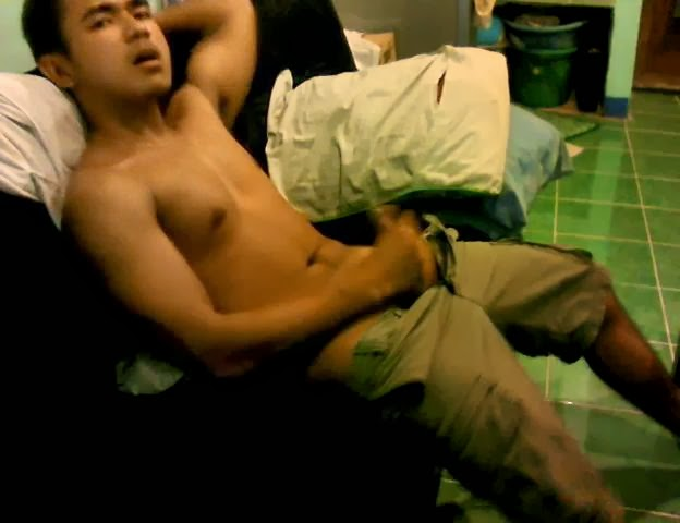 to watch this videos you need to get invitation from pinoy men exposed
