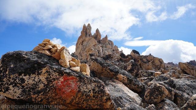 rocas, marcas, filo catedral, cerro catedral