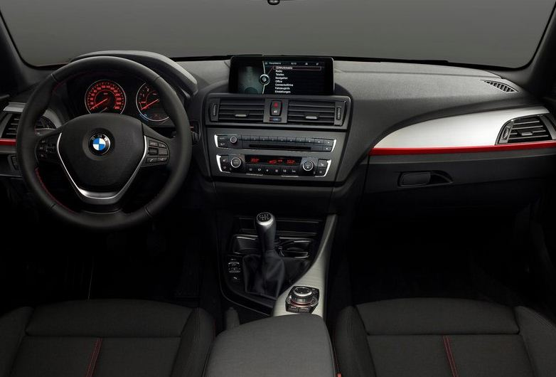 2012 BMW 1 SERIES INTERIOR