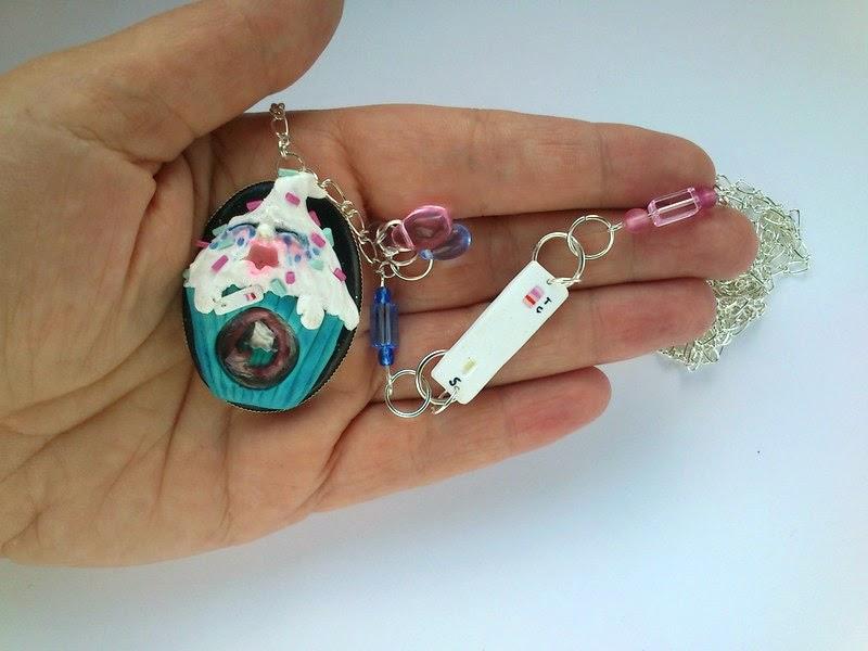 necklace, wisior, naszyjnik, ciąża, cupcake, babeczki,
