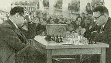 Botvinnik (blanques) - Capablanca. 1936