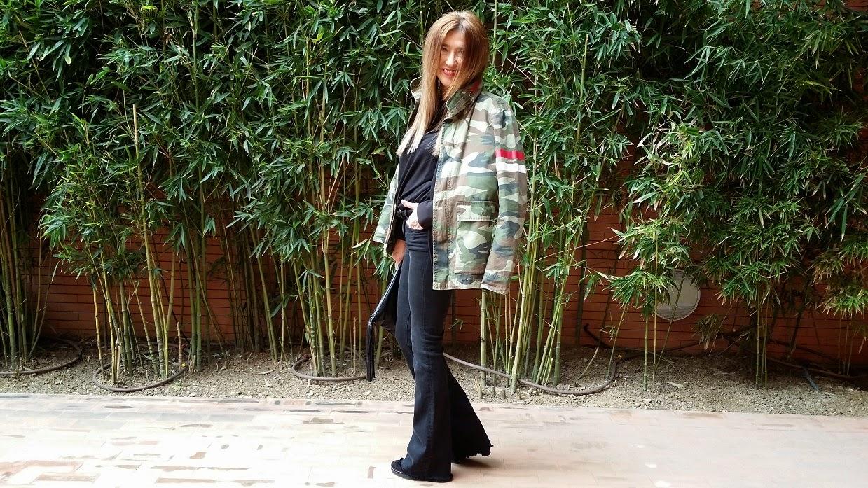 Carmen Hummer, Look, Pantalón Campana, Zara, StreetStyle, Blog de Moda, Parka Camo