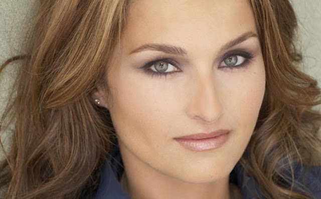Giada De Laurentiis Biography and Photos
