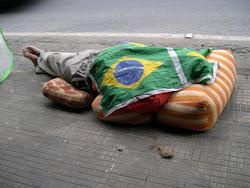 VIDA DE BRASILEIRO POBRE E ISSO !