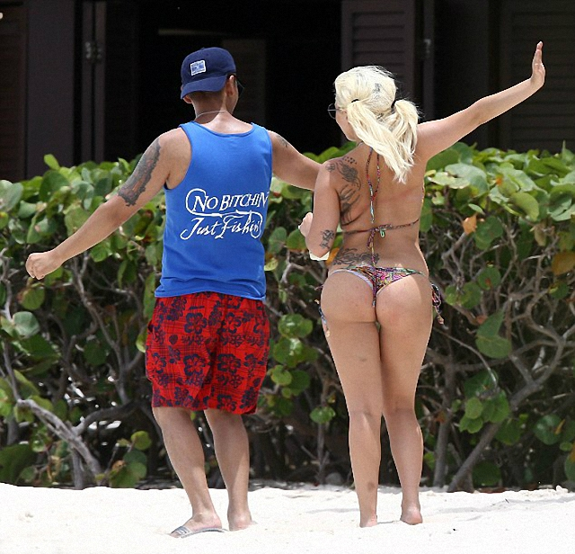 Imagen de Lady Gaga disfrutó de las Bahamas en bikini