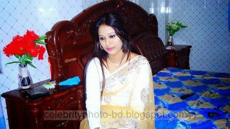 Beautiful%2BBangladeshi%2BLocal%2BHot%2BGirl%2BNishat%2BMollik%2BPhotos%2BCollection%2B2014 2015002