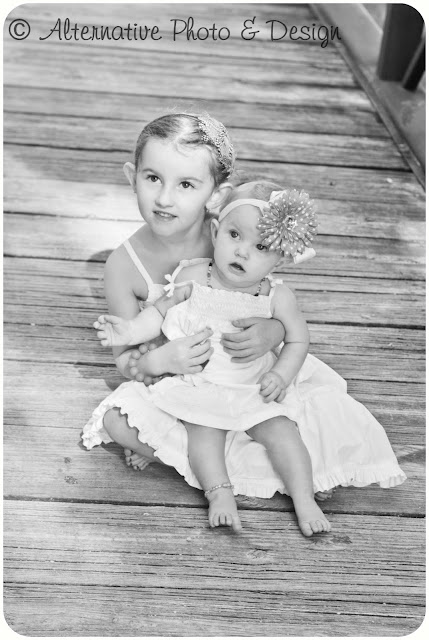 Sweet Sisters Getting So Big | Children Photography Janesville, WI