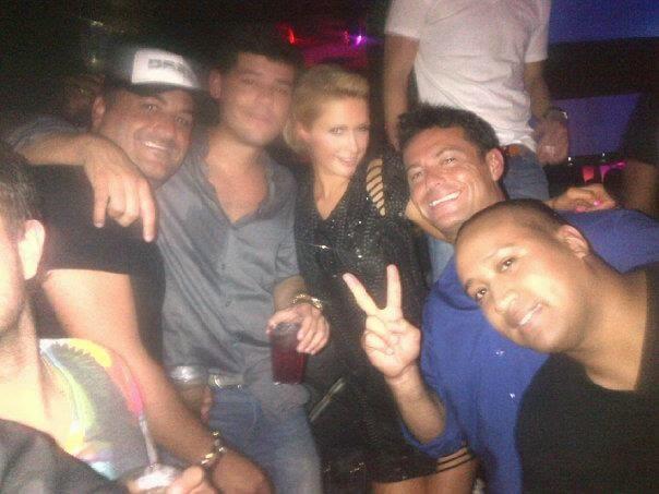Paris Hilton y su amigo Salvador Lairet