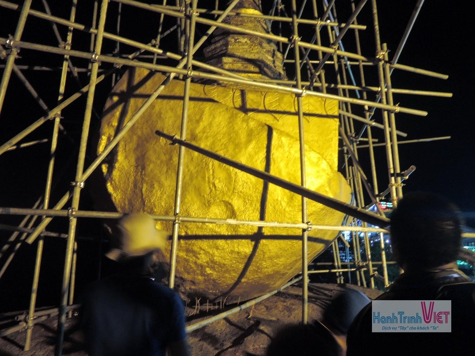 Tham quan chùa đá vàng ở Kyaikto