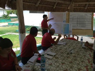 Members of a Mexican Incident Management Team participated in daily planning and strategy meetings with U.S. wildland fire experts in Mexico.