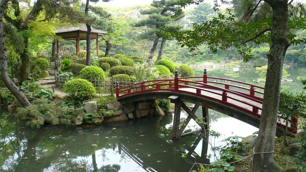 افضل عشرة حدائق في اليابان