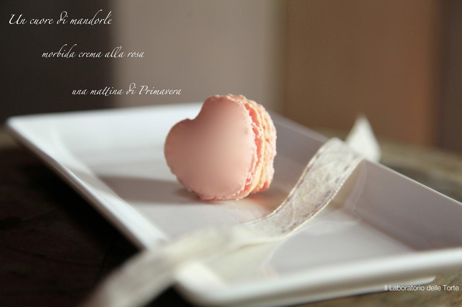 macarons a cuore (con crema al burro profumata alla rosa)
