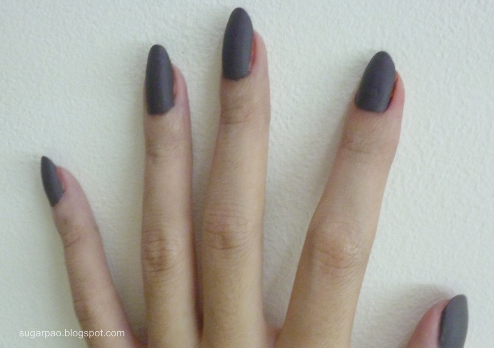 whimsical whatnots and whatever...: Matte nails anyone? :3 (Review+NOTD)