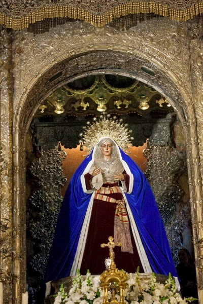 Virgen Macarena vestida de hebrea semana santa de sevilla 2014