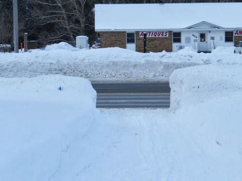 driveway snowbanks