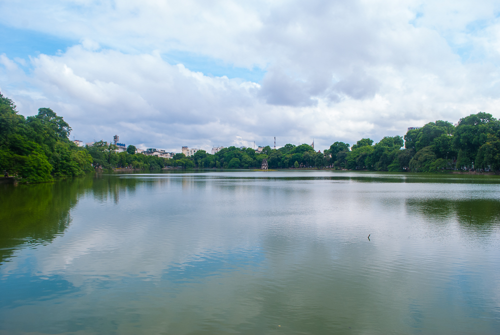 image of the full view of hanoi lake