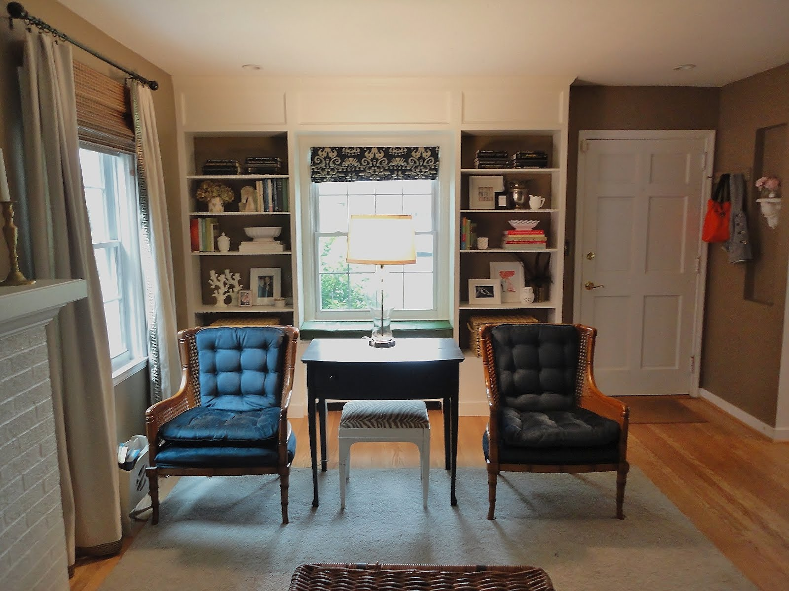 billy built in with windowseat get home decorating. Black Bedroom Furniture Sets. Home Design Ideas