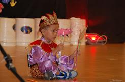 Ezer Twopama Manihuruk Juara 1 Lomba Bercerita di Kanaan Global School Jambi