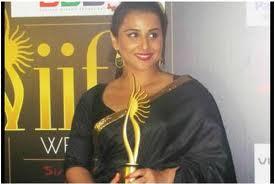 Vidya-Balan-hot-IIFA-Awards-6