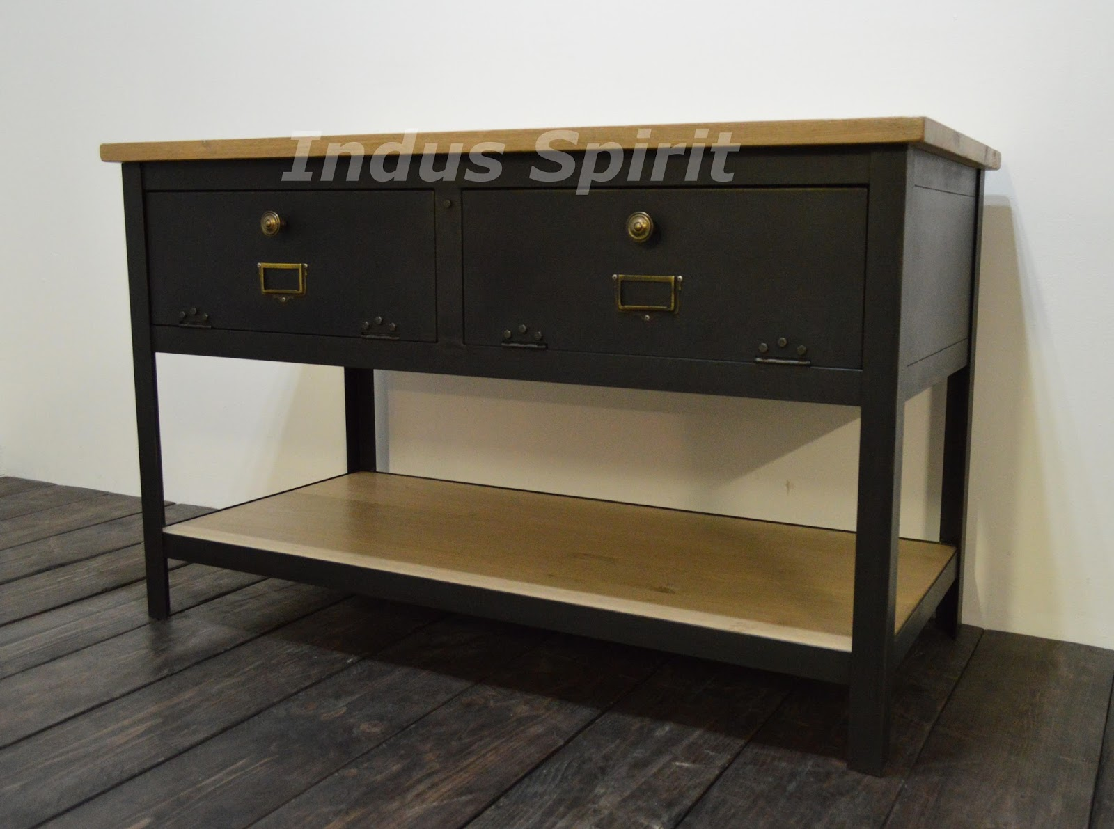 meuble industriel d coration industrielle meuble de m tier lyon boutique indus spirit. Black Bedroom Furniture Sets. Home Design Ideas