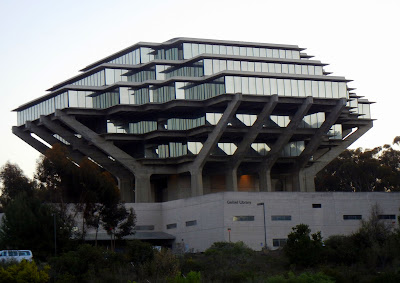 Geisel Library on the UCSD campus