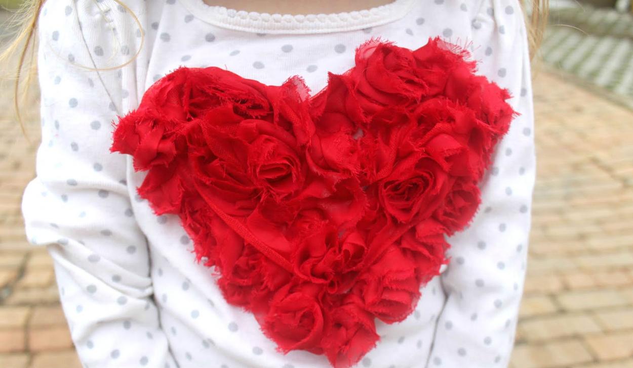 tutorial camiseta para niña con aplique de corazón
