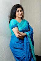 Lakshmi, gopalaswami, hot, saree, pictures