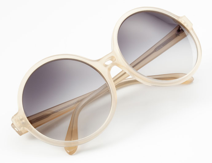 Lunettes Kollektion 2013: La Passante sunglasses in clear nude