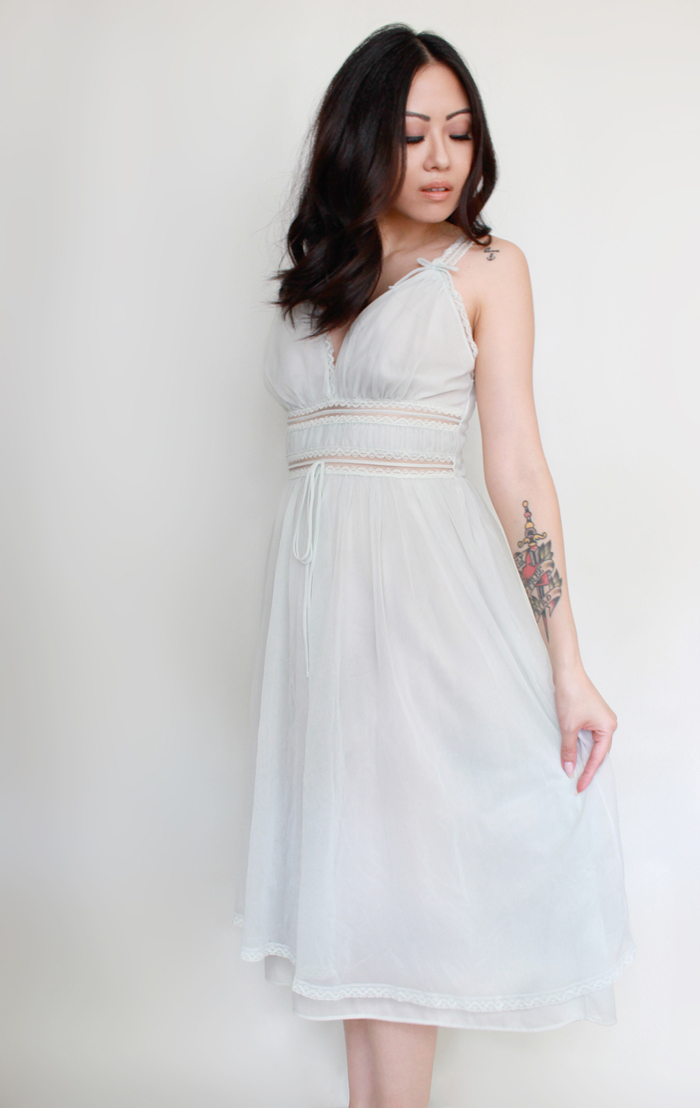 vintage grecian goddess style nightgown