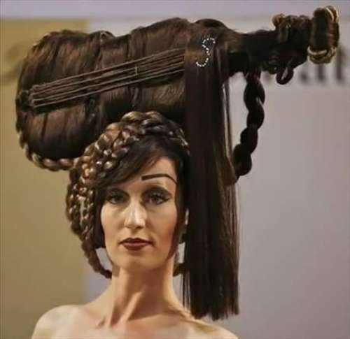 Fantastic Half Up Half Down Hair Style Getar Designed