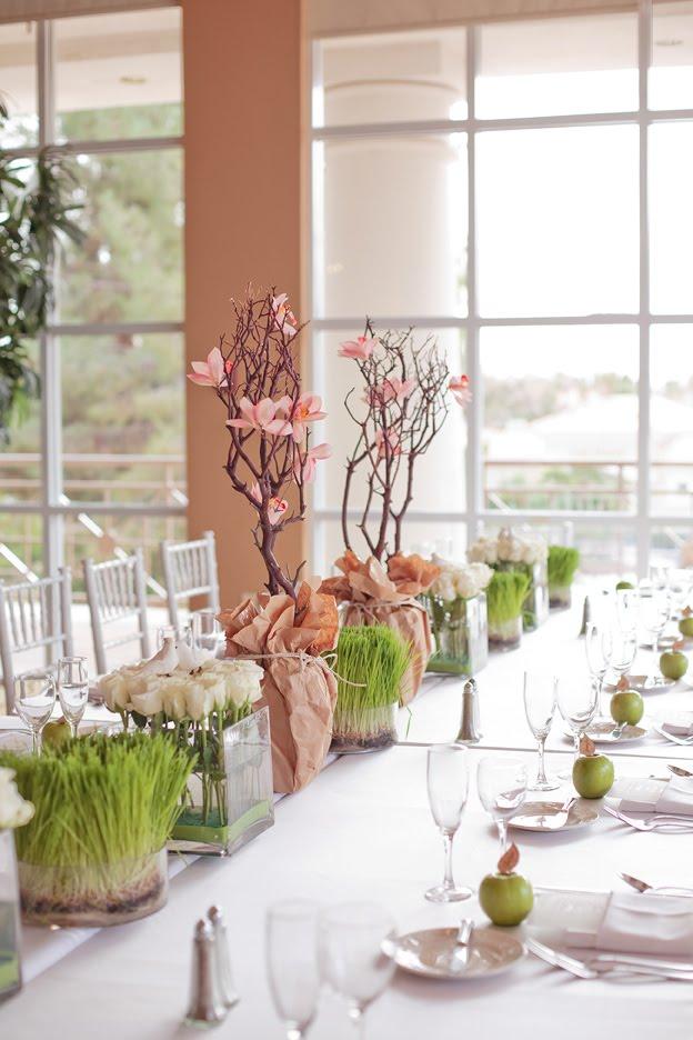 En rosa y verde, con flores y frutas, perfecta!