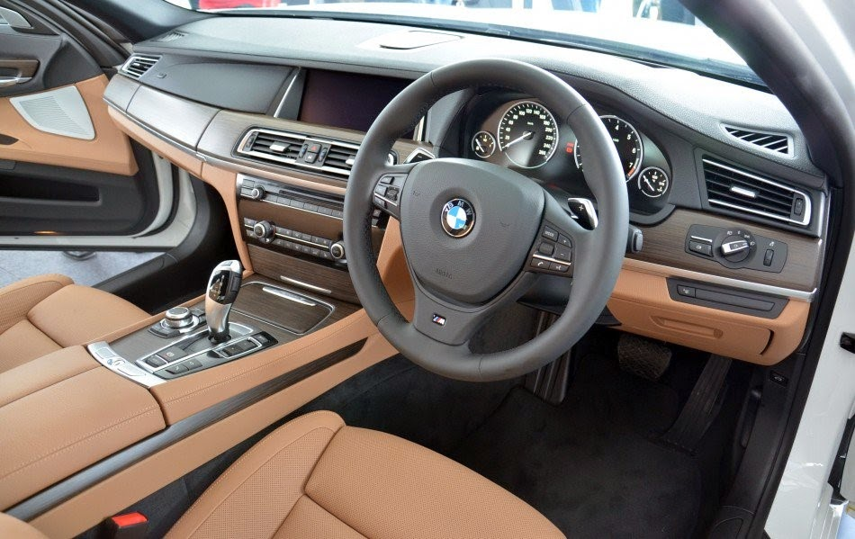 BMW 7 Series 2015 Interior View