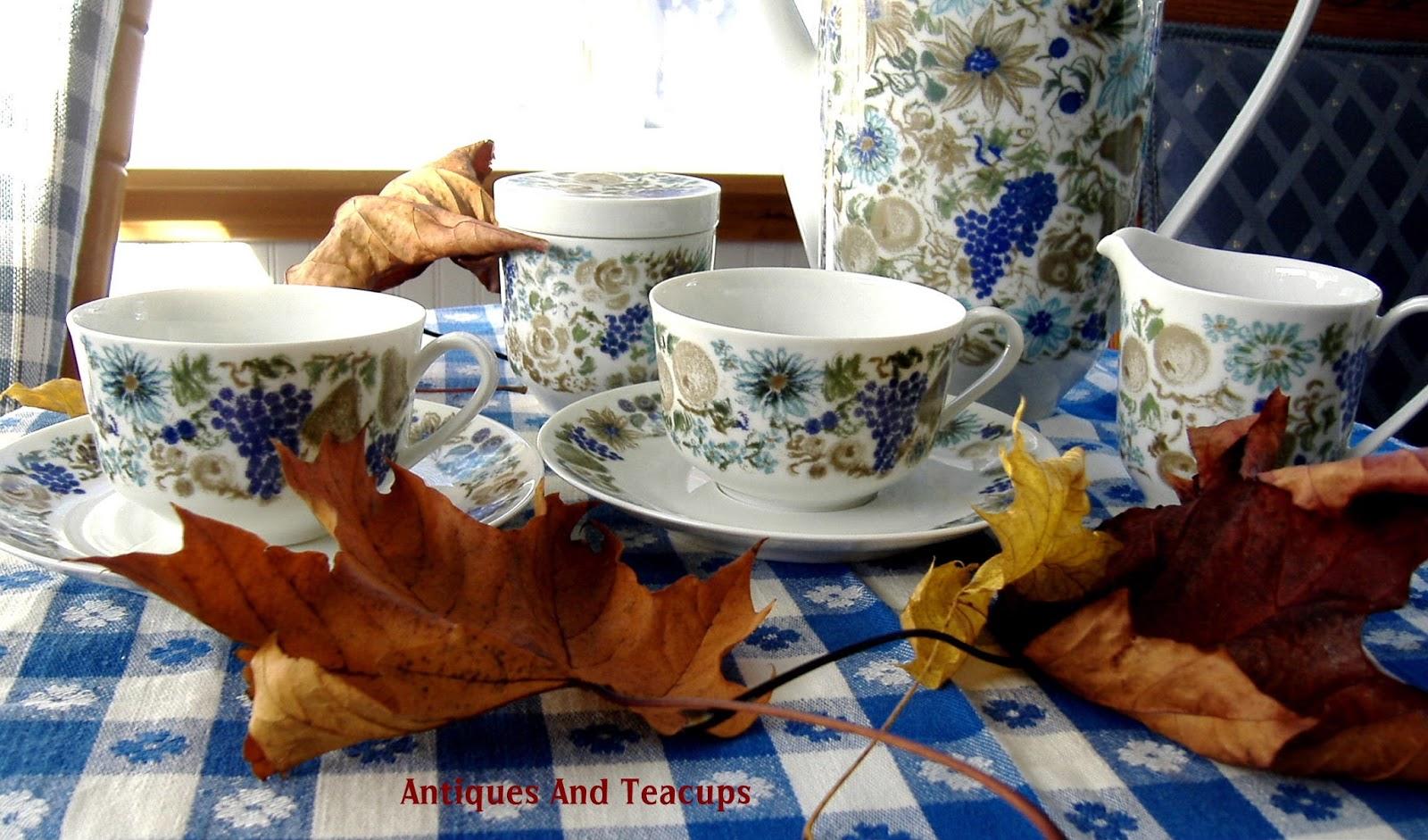 Porcelain Tea Cake Stand Set