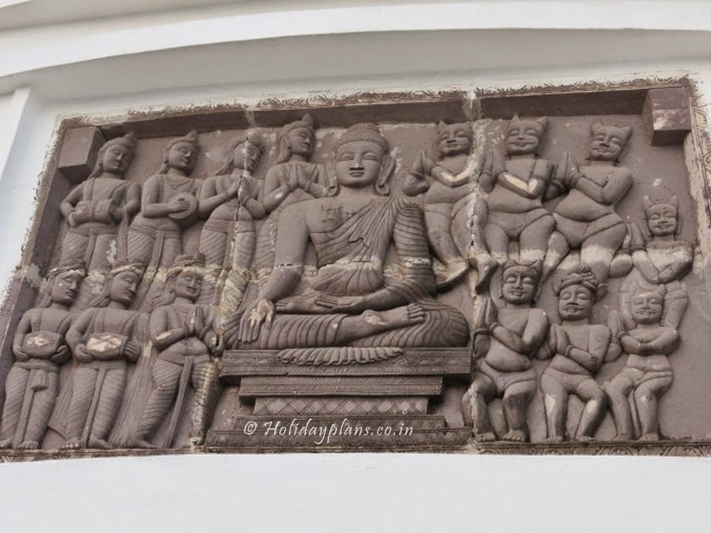 Buddha carvings at Dhauli Stupa