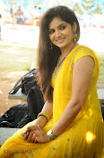 New Actress Noorjahan Photos in Yellow-thumbnail-1