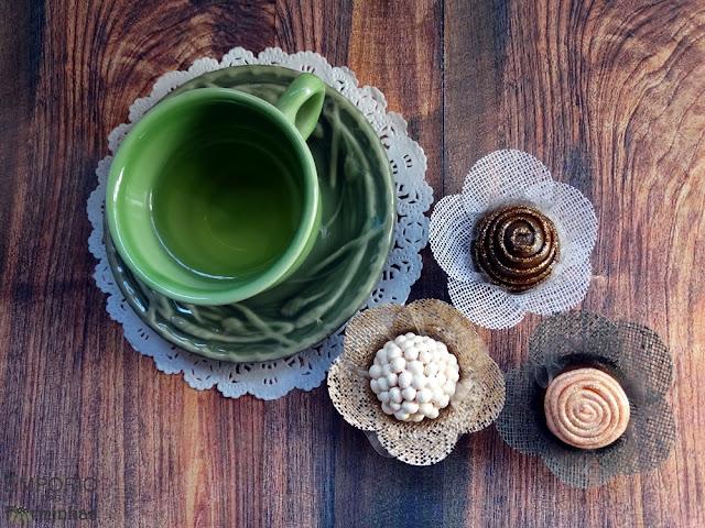 Forminha simples de tela para doces finos