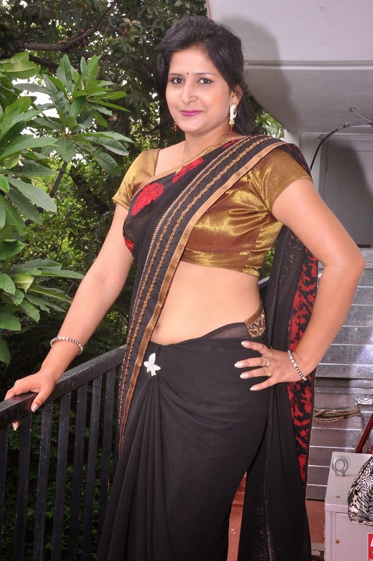 Kushboo Tamil Hot Cheap actress hot navel photos blogspot images