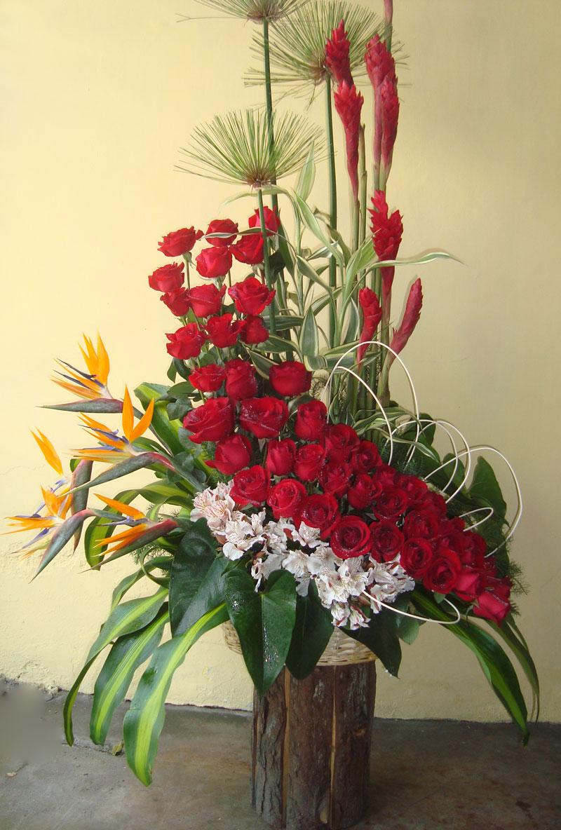 Arreglos florales de rosas - Imagui