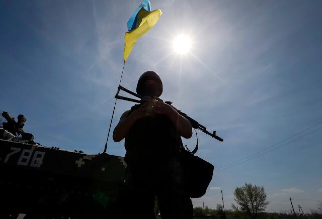 Российские боевики обстреливают жилые кварталы Марьинки - Цензор.НЕТ 8054
