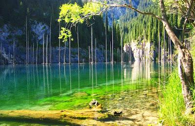 Kaindy lake - Kazaquistain