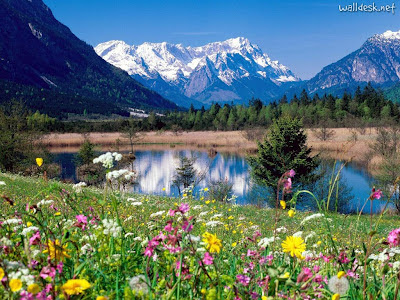 Loisach-River,-Wetterstein-Mountains,-Eschenlohe,-Germany
