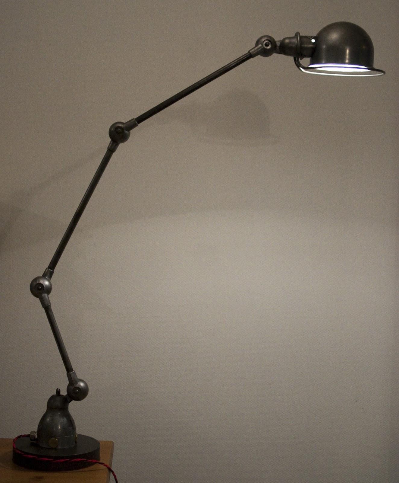 frank b 06 nouvelle lampe jielde 3 bras sur pied lourd. Black Bedroom Furniture Sets. Home Design Ideas