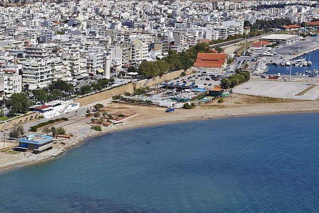 Χερσαία Ζώνη Λιμένα κάτω από το Φάρο Αλεξανδρούπολης