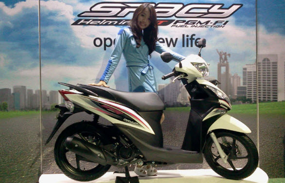 spacy - Supra X 125 helm injection