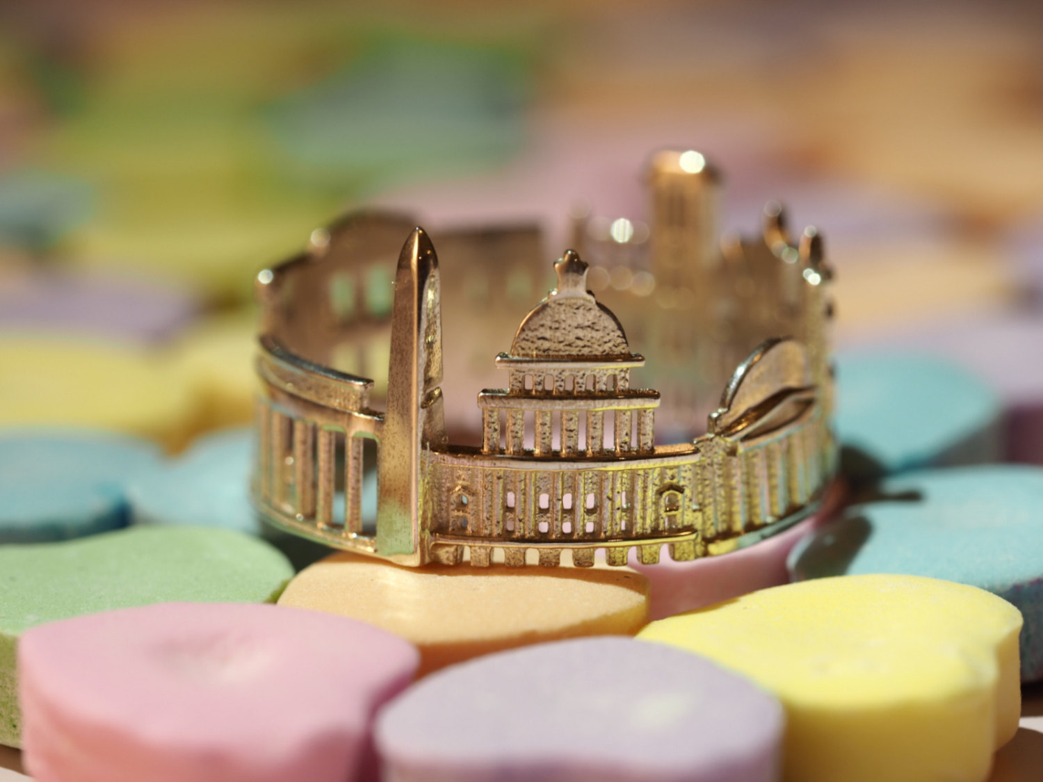 10-Washington-DC-Ola-Shekhtman-Memories-contained-in-Architectural-Cityscape-Skyline-Rings-www-designstack-co