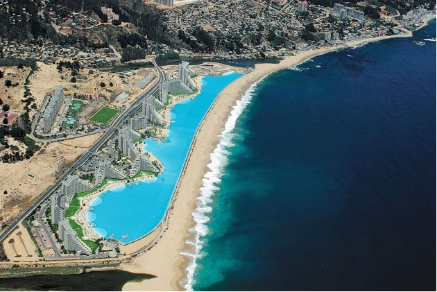 Dubai base world largest outdoor pool for Largest swimming pool in the us