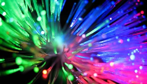 Gramscimanía: UNASUR desarrolla un mega-anillo de fibra óptica que pondrá fin a la dependencia Internet con EEUU
