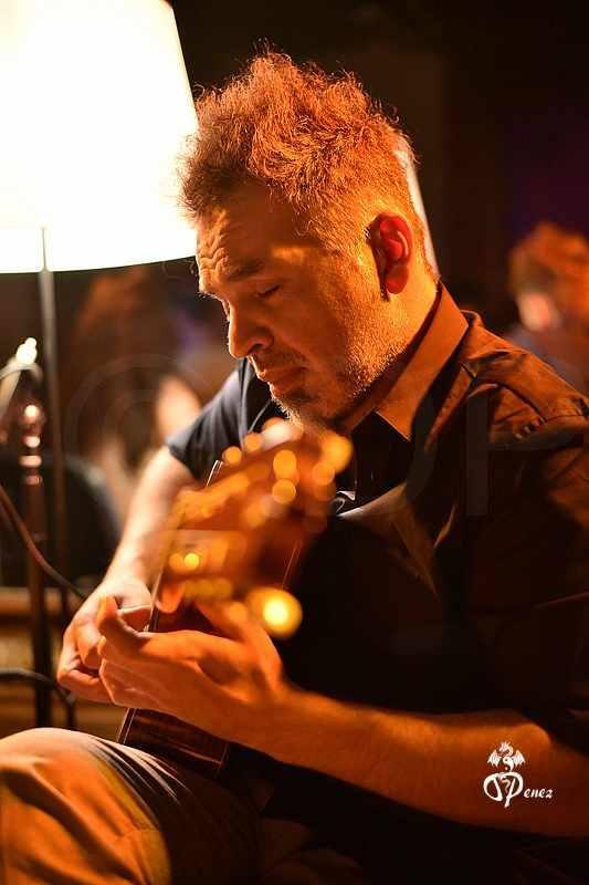 Martín Piragino - Guitarra