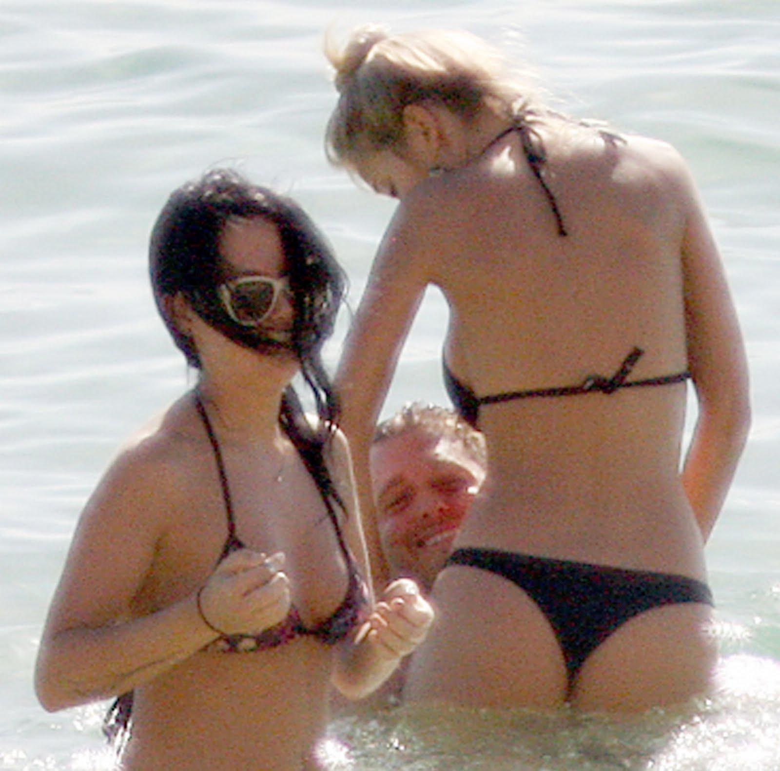 Luisana Lopilato Sexy Bikini Backside At The Beach ~ wow ... Amanda Seyfried Wiki